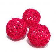 Красные шарики для топиария