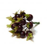 Миниатюрные ягодки на проволочках