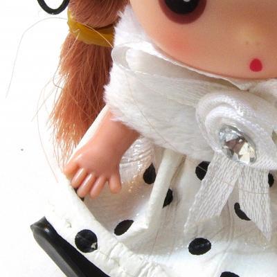 Куколка мини в белом шарфике
