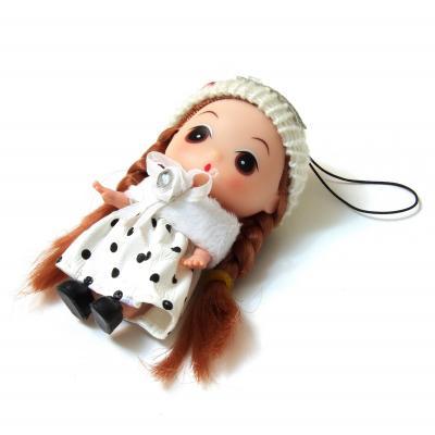 Куколка мини в вязаном беретике