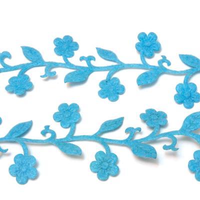 Голубая лента из фетра с цветочками