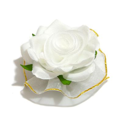Головки белой розы из ткани