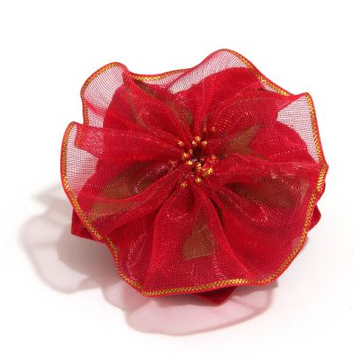 Головка красной розы обратная сторона