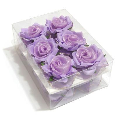 Фиолетовые головки роз