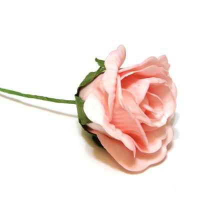 Розовые розы для свадьбы