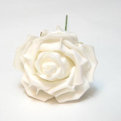 Белые розы из пенки