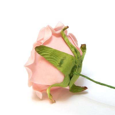 Розовые розы из пенки для свадьбы