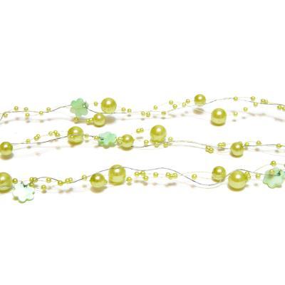 Зеленая гирлянда из бусин