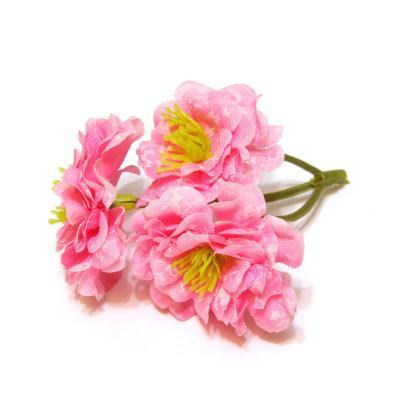 Светло-розовые розочки
