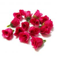 Розовые бутончики роз