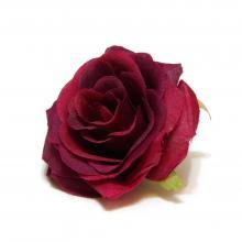 Бордовая головка розы