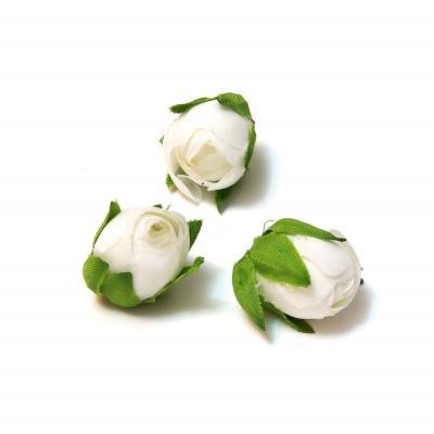 Бутоны роз белые