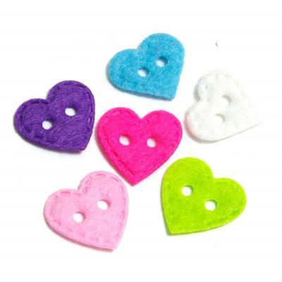 Пуговицы разноцветные сердечки из фетра