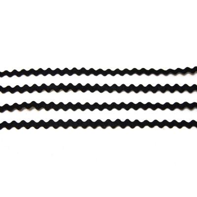 Черная тесьма из фетра волнистая