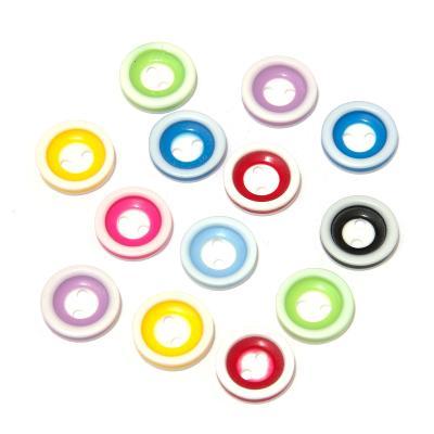 Круглые пластиковые пуговицы