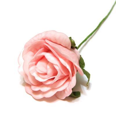 Розовые розы для свадебного декора