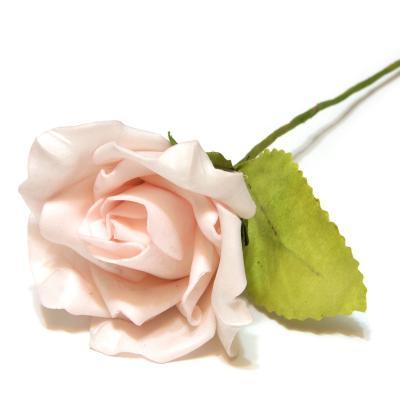 Розовые розы из пенки