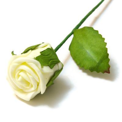 Бутон розы латекс кремовый