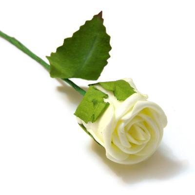 Бутоны роз из пенки