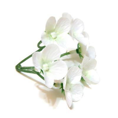 Белая искусственная гортензия